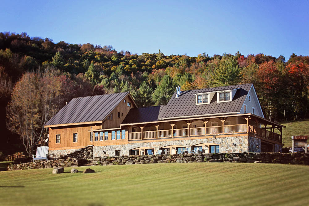 Real Vermont Wedding Details - Amee Farm Lodge in Fall