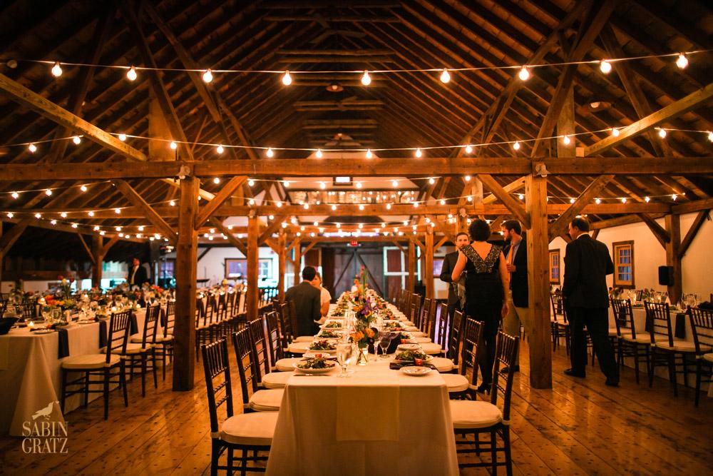 dinner at our barn wedding venue photo sabin gratz