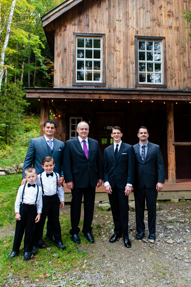 Wedding photo at the Groom's Cabin - photo Melissa Mullen