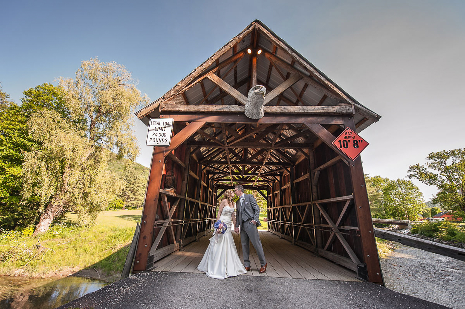 Riverside_Farm_Wedding_DariaBishop-10