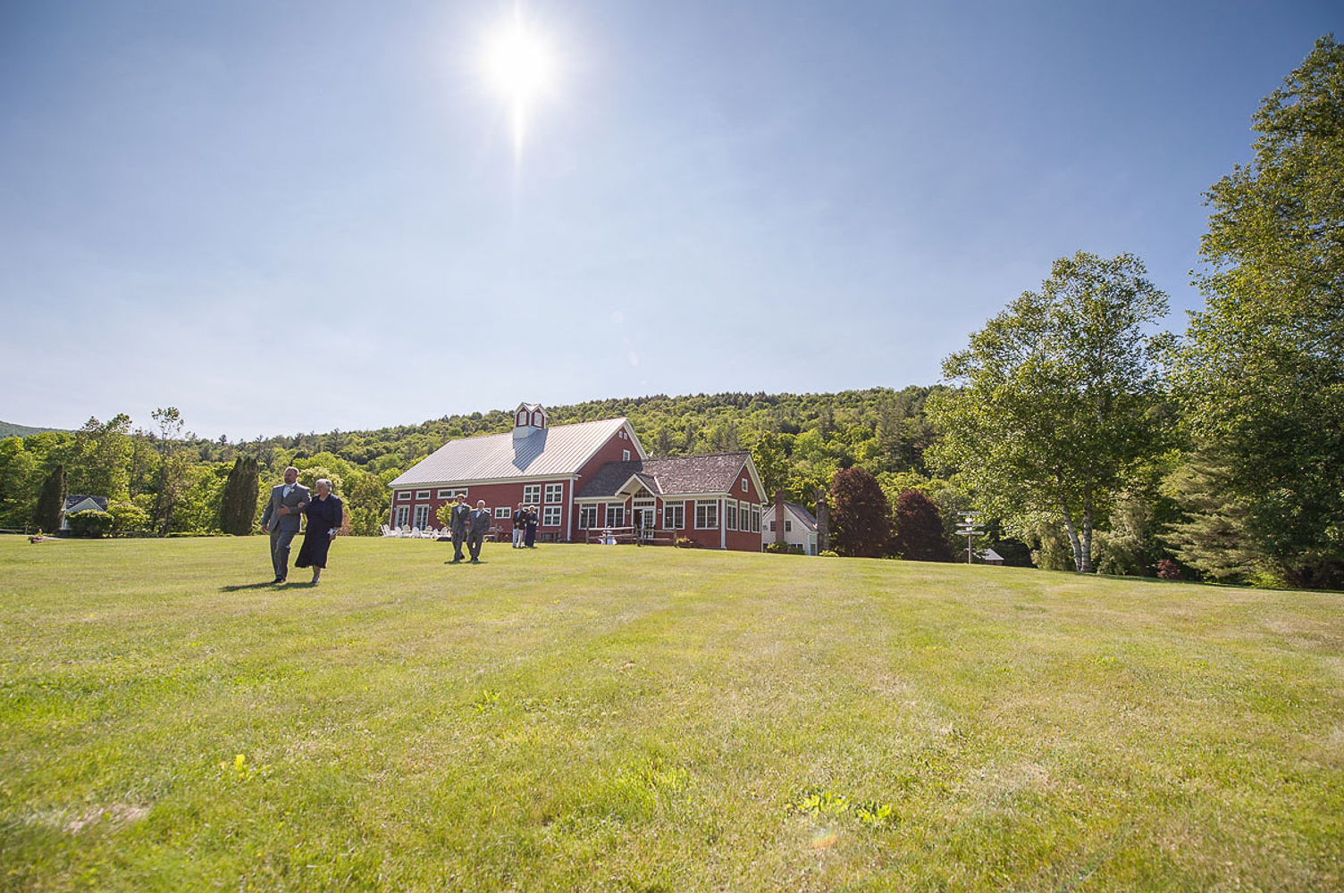 Riverside_Farm_Wedding_DariaBishop-7