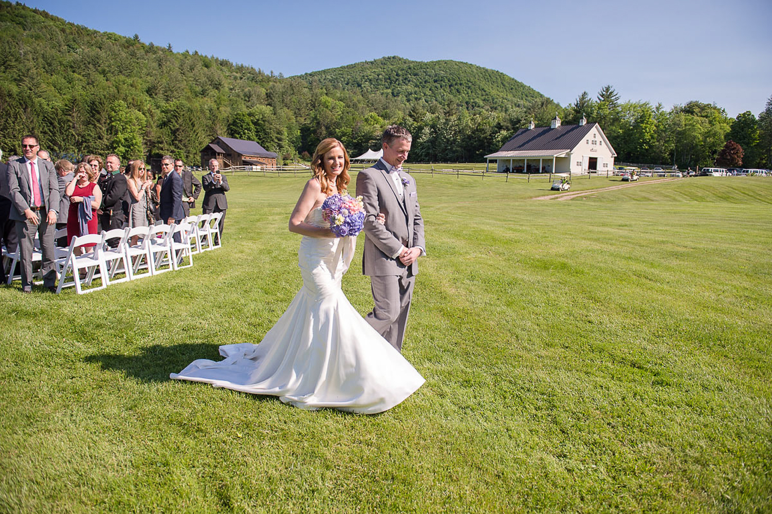 Riverside_Farm_Wedding_DariaBishop-8